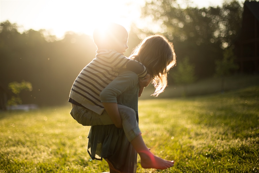 Five reasons to Make Philanthropy a Family Affair