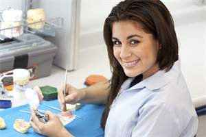 12 Ways To Train the Dental Assistant To Work More Like A Dentist