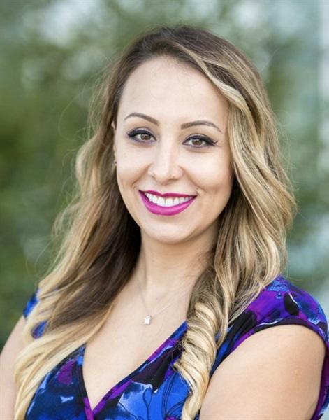 244: Dr. Sonja Babic | Comfydent Smiles