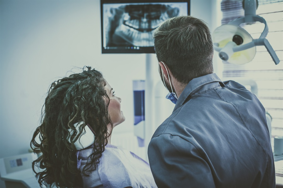 Dental Radiographs - Part 2: Why Would My Dentist Recommend a Panoramic Radiograph?