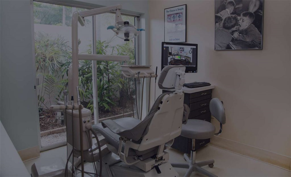 What Does a Periodontist Do?